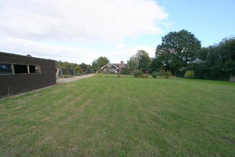 5 bedroom property with land for sale - Colchester Road, Wix