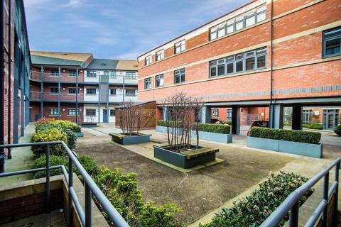 2 bedroom apartment to rent - Lion Court, Warstone Lane, Jewellery Quarter, B18