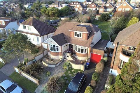4 bedroom chalet for sale - Ring Road, Lancing BN15 0QF