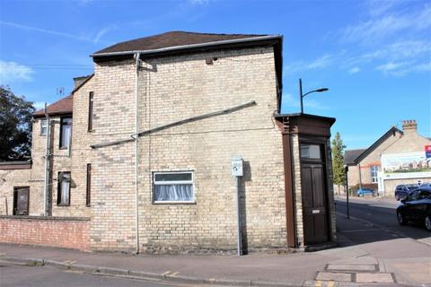Terraced house to rent - MILL ROAD,  Cambridge, CB1