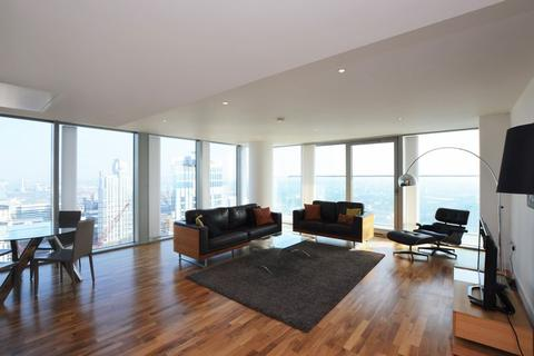 3 bedroom apartment to rent - The Landmark East Tower, Canary Wharf, E14