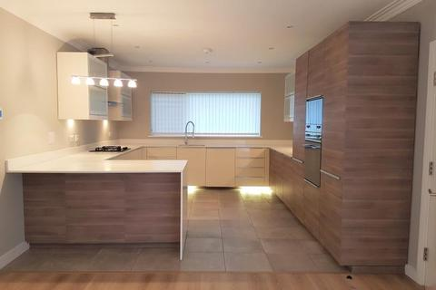 5 bedroom detached house to rent - Harborne Park Road, Harborne, Birmingham, B17 0BH
