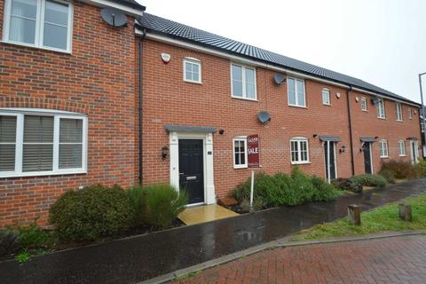 3 bedroom terraced house for sale - Vanguard Chase, The Hampdens, New Costessey, Norwich