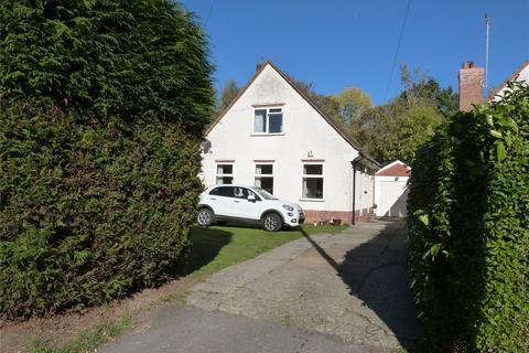 3 bedroom detached house to rent - Warren Road, Woodley, Reading, Berkshire, RG5