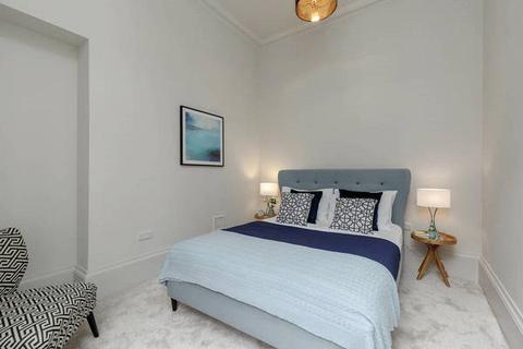 2 bedroom penthouse for sale - Apartment 6, 7 Rutland Square, Edinburgh, Midlothian