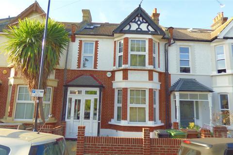 3 bedroom terraced house for sale - Sandringham Road, Leyton, E10