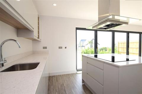 4 bedroom detached house for sale - Crescent Drive South, Woodingdean, Brighton, East Sussex