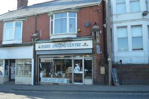Property to rent - Park Crescent, Barry, The Vale Of Glamorgan. CF62 6HD