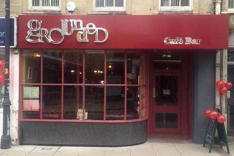 Restaurant to rent - 28 High Street, Melksham, Wiltshire