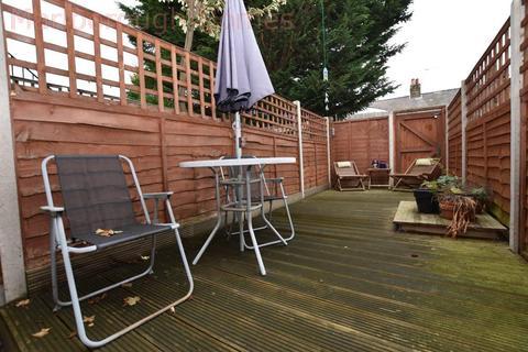 1 bedroom flat to rent - Stanley Road, E4 7DG
