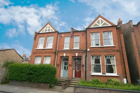 4 bedroom semi-detached house for sale - Southwood Lane, Highgate Village, N6
