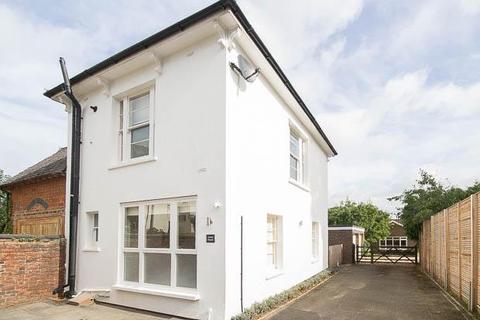 2 bedroom detached house to rent - Moorend Park Road, Cheltenham, GL53 0JY