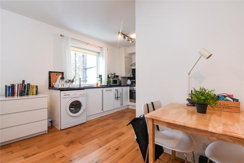 Studio to rent - New Concorde Apartments, 96 Webster Road, London