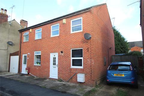 2 bedroom semi-detached house to rent - Robinhood Street, Gloucester, GL1