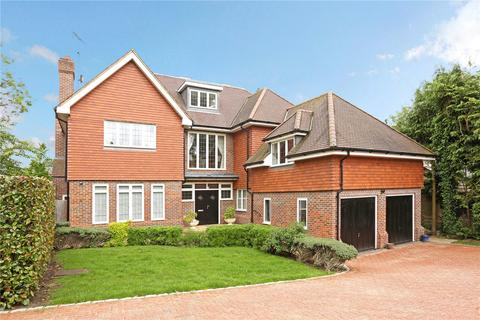 6 bedroom detached house to rent - Park Grove, Knotty Green, Beaconsfield, Buckinghamshire, HP9