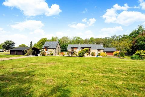 4 bedroom detached house for sale - Abbey Road, Ewenny, Vale of Glamorgan, CF35 5BN