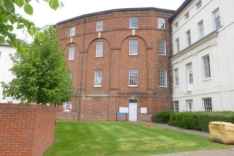 1 bedroom apartment to rent - The Crescent, Gloucester
