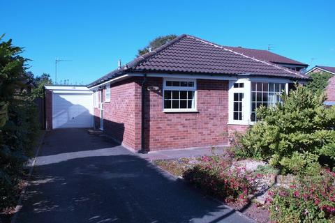 2 bedroom detached bungalow for sale - Greendale Drive, Middlewich, CW10 0PH