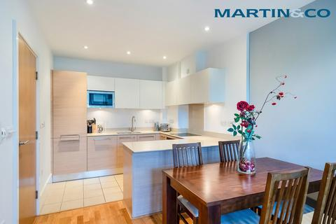 1 bedroom apartment to rent - Ensign House, Battersea Reach