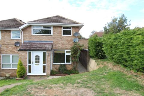 3 bedroom house to rent - Northampton, Catton Crescente, Kingsthorpe, P9937