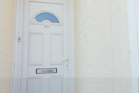 3 bedroom house to rent - Worthing Street, Hull,