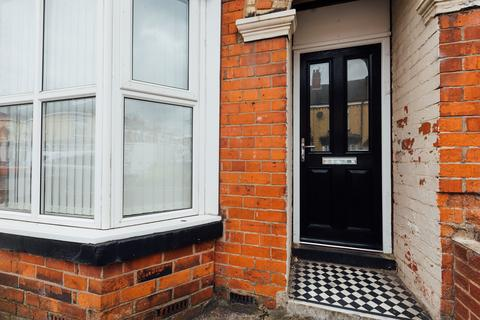 4 bedroom house to rent - Ventnor Street, Hull,