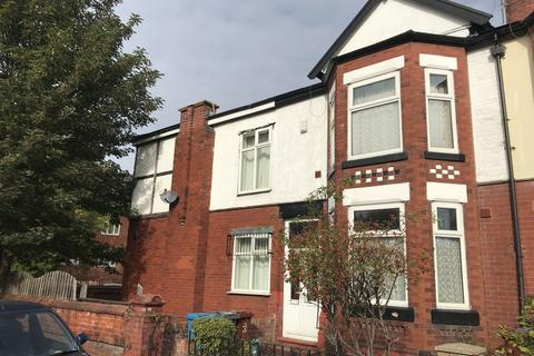 3 bedroom house share to rent - Langdale Road, Manchester