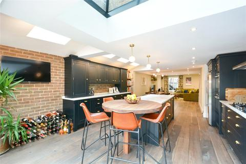 3 bedroom house for sale - Ellesmere Road, Bow, London, E3