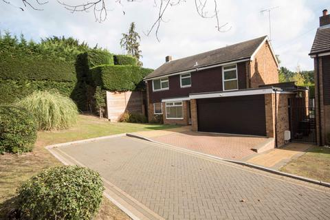 4 Bedroom Detached House For Sale Pinner Hill Road Pinner Middleha5 3sx