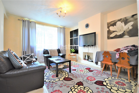 2 bedroom flat for sale - Larch Avenue, Acton W3 7LH