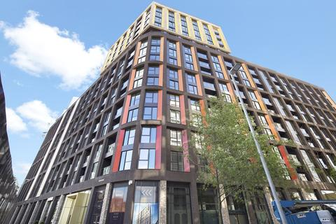 1 bedroom flat to rent - Haines House, 10 Charles Clowes Walk, London, SW11