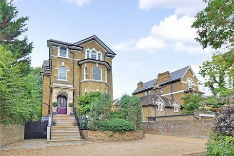 6 bedroom detached house for sale - Court Road, Eltham, London, SE9