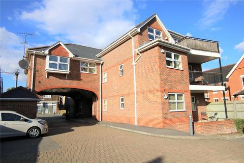 2 bedroom flat to rent - Crichton Court, West End Road, Mortimer Common, Reading, RG7