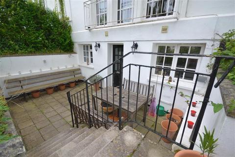 1 bedroom flat for sale - Victoria Park Road , Exeter, Devon, EX2 4NT