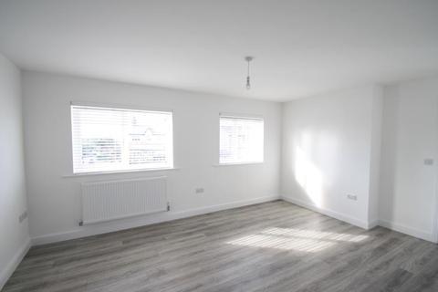 2 bedroom duplex to rent - The Place, Selby Road, Leeds, LS15 7SJ