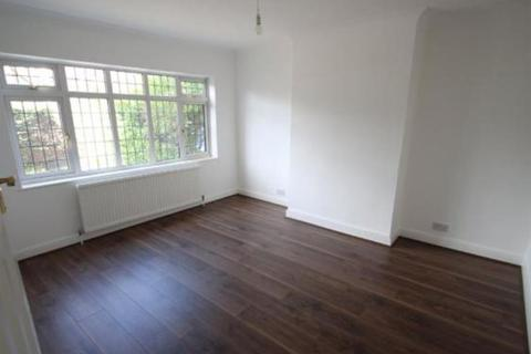 1 bedroom in a house share to rent - Esher Road, East Molesey, KT8