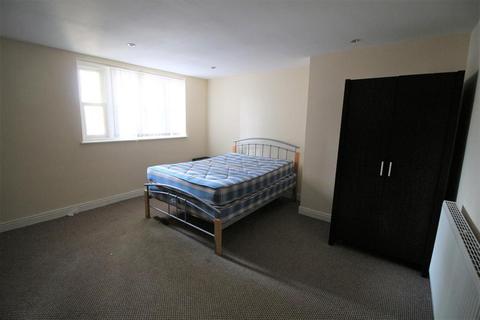 3 bedroom flat to rent - Princes Road, Liverpool, L8 8AD