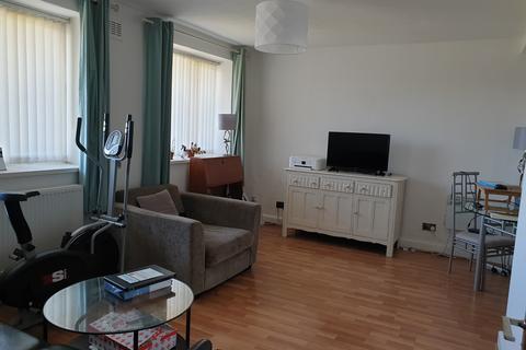 2 bedroom flat to rent - Kielder Square, St James park Apartments, Eccles New Road, Salford M5 4UN