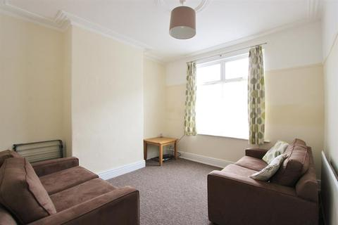 4 bedroom terraced house to rent - Warwick Terrace, Sheffield, S10 1LY
