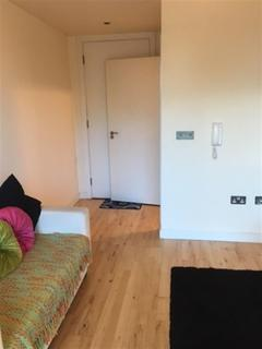 Studio to rent - St. Marys Road, Sheffield, S2 4AH
