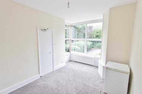 1 bedroom ground floor flat to rent - Kingfield Road, Sheffield, S11 9AS