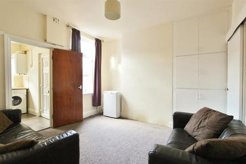 3 bedroom terraced house to rent - Neill Road, Sheffield, S11 8QH