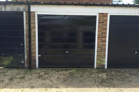 1 bedroom garage to rent - Hennel Close, Forest Hill, SE23