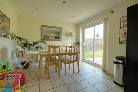 4 bedroom semi-detached house for sale - Peggs Walk, Sunnyhill