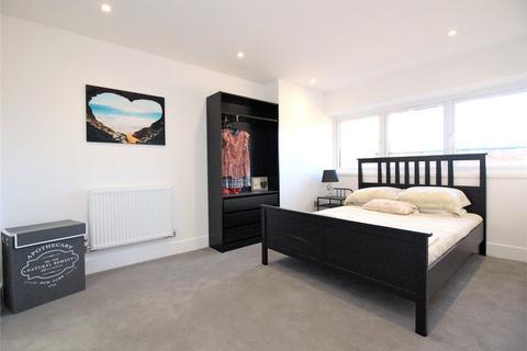 2 bedroom apartment to rent - Crockhamwell Road, Woodley, Reading, Berkshire, RG5