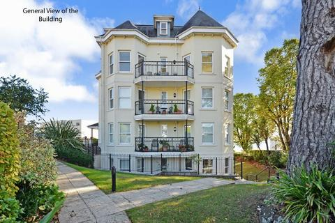 3 bedroom apartment for sale - Livermead Hill, Torquay