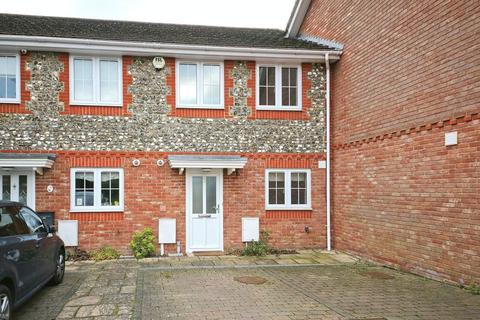3 bedroom terraced house to rent - Pippins Close, Tonbridge