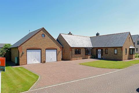 4 bedroom bungalow for sale - Brydges Gate, Llandrinio, Llanymynech
