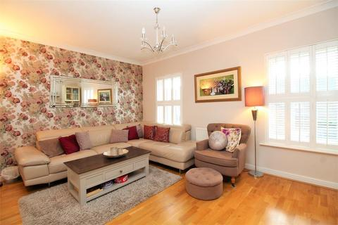 4 bedroom townhouse for sale - Park Cliff Road, Greenhithe