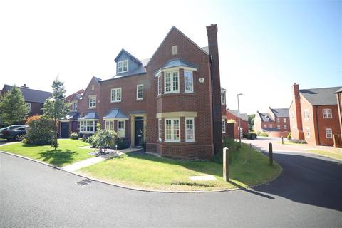 5 bedroom detached house for sale - Jarrett Walk, Muxton, Telford